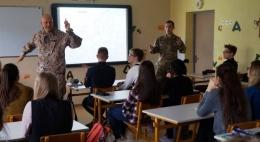 """Informatīvs pasākums skolēniem """"Brothers in Arms"""" Daugavpilī"""