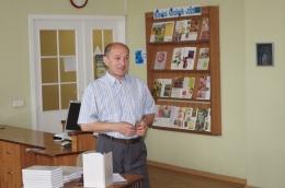 Tikšanās ar dzejnieku Jevgeņiju Golubevu Latgales Centrālajā bibliotēkā