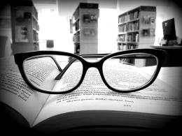 Библиотека приглашает задуматься о здоровье глаз и спины