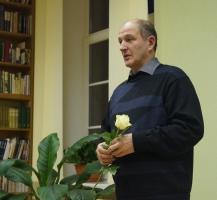 Bibliotēka aicina uz tikšanos ar dzejnieku Jevgeņiju Golubevu